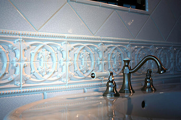 cracke_tile_bath.jpg